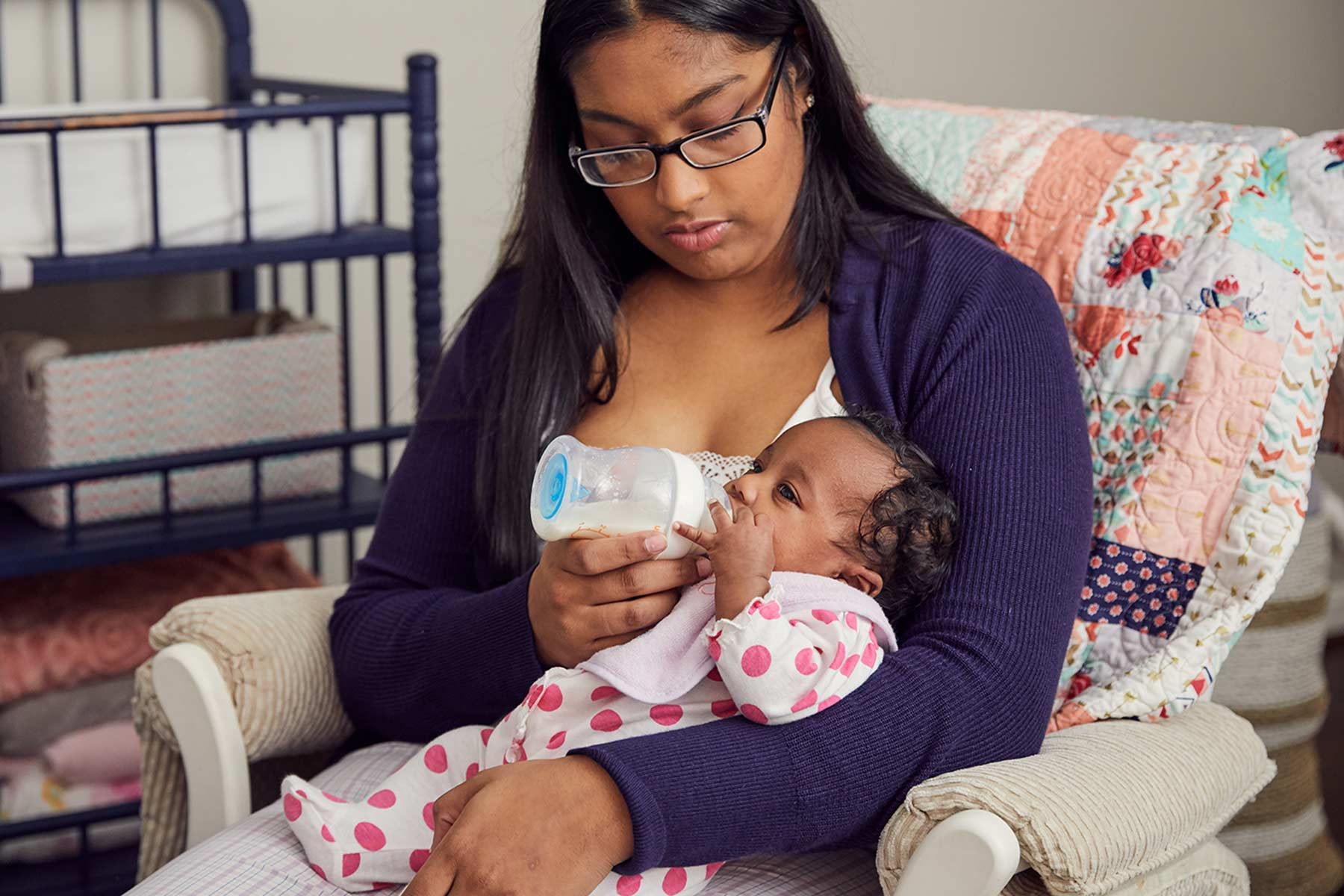 Newborn Feeding Guidelines – Breastmilk & Formula | Strong4Life
